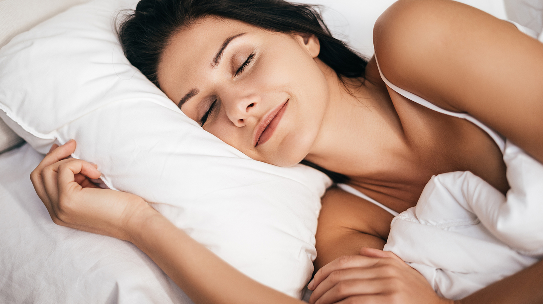Schlaf macht nicht nur schön, er hilft auch bei der Regenration von Körper und Psyche.